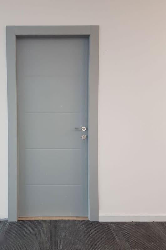 דלת דגם 204
